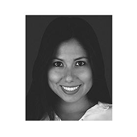 Imersão em Retentores Intrarradiculares Estéticos com a Prof. Erika Clavijo 1